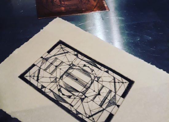 Iris Dickson, gravure sur papier